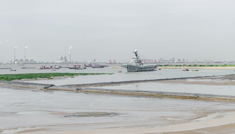 Före detta Sovjetunionenhangarfartyget: Minsk royaltyfria bilder