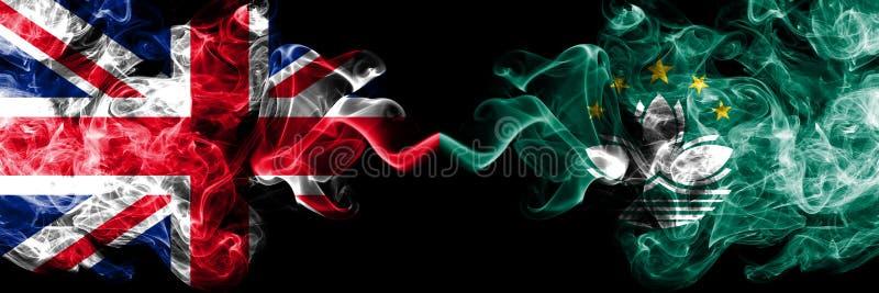 Förenade kungariket vs Macao, Kina rökiga mystikerflaggor förlade sidan - vid - sidan Tjockt f royaltyfri illustrationer