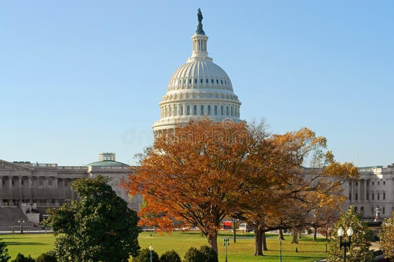 Förenta staterna Kapitolium, hem av Förenta staternakongressen och plats av den lagstiftnings- filialen av U S federal regering p royaltyfri fotografi
