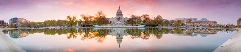 Förenta staternaKapitoliumbyggnaden i Washington DC arkivbild