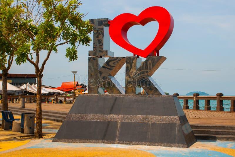 Föreställd förälskelse KK för gränsmärke I Kota Kinabalu Sabah Malaysia royaltyfri foto