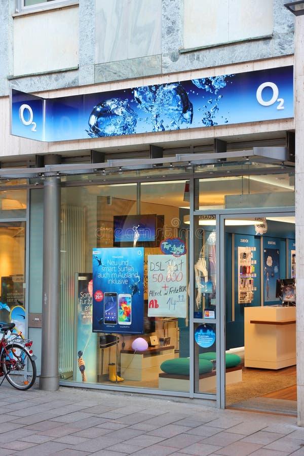 Företag för mobiltelefon O2 royaltyfri bild