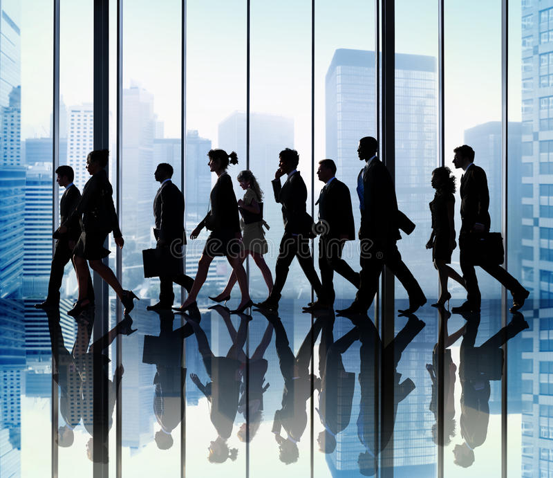 Företags lopp för affärsfolk som går kontorsbegrepp royaltyfri fotografi