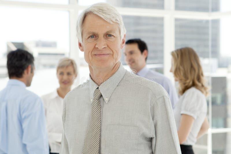 Företags utövande affärsman - stående arkivfoton