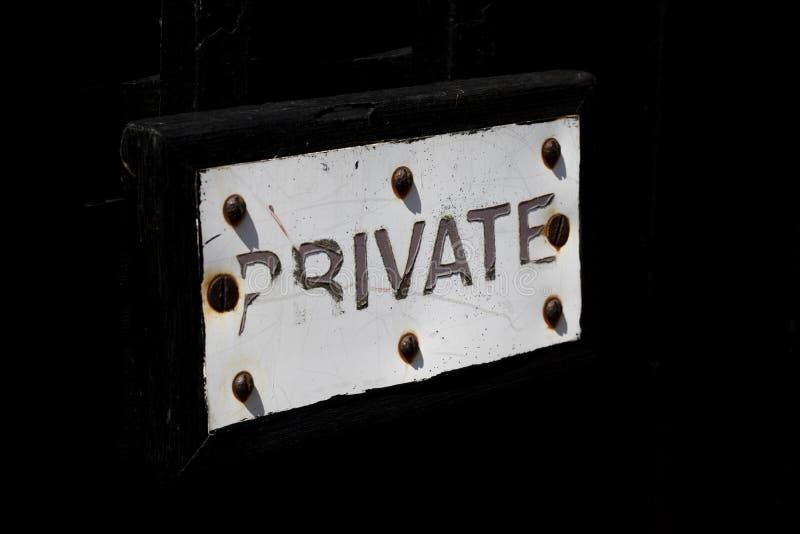 Förfallet privat tecken royaltyfria bilder