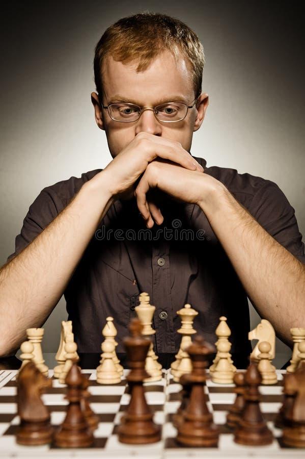 förlagapn fundersamt för schack arkivfoton