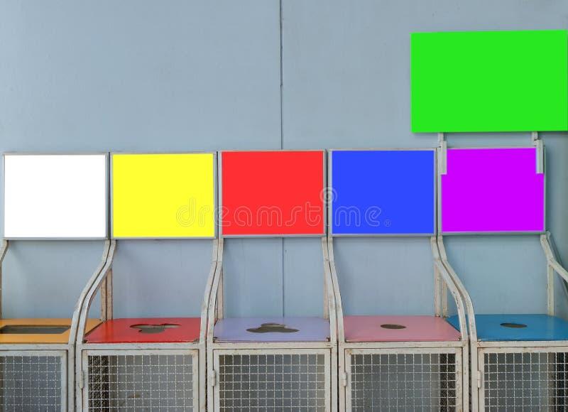 Förlorad segregering med kopieringsutrymme fotografering för bildbyråer