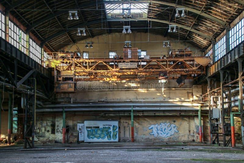 Förlorat förlägga garaget av järnvägen arkivbilder