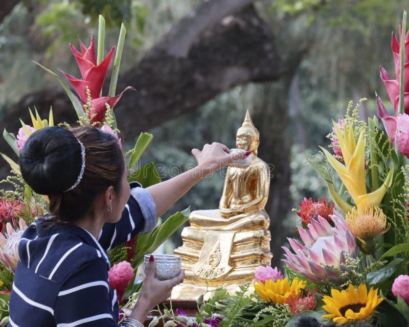 Förnyad Buddha royaltyfri foto