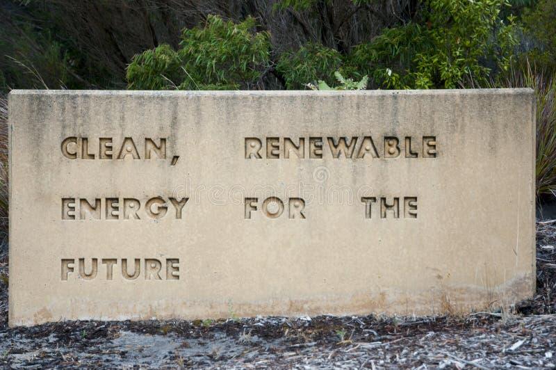 Förnybara energikällortecken arkivfoton