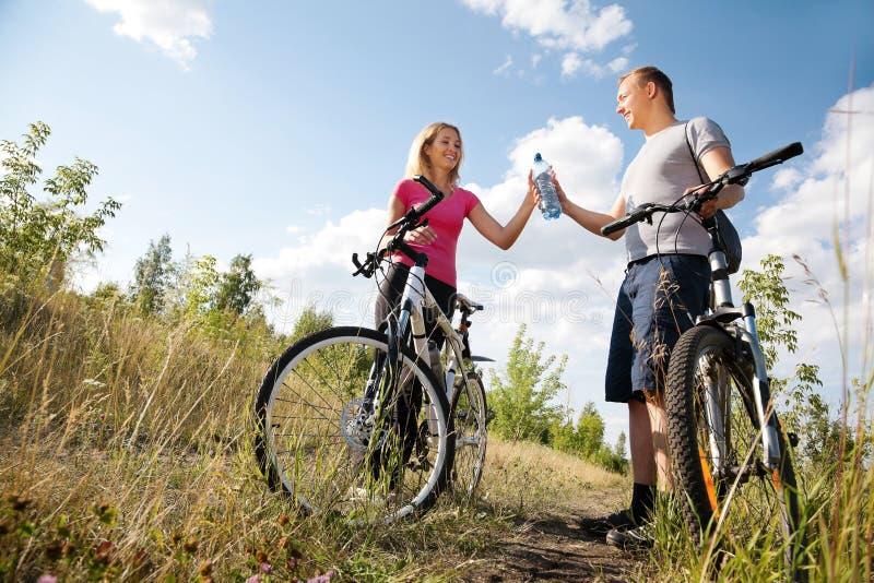 Förnyelse, når att ha cyklat royaltyfri foto