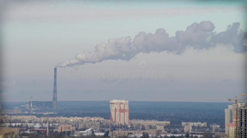 förorening för fabrik för luftbakgrund blå royaltyfri fotografi