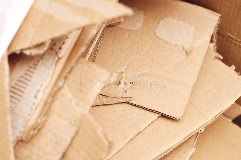 Förpackande rester för wellpapp arkivbilder