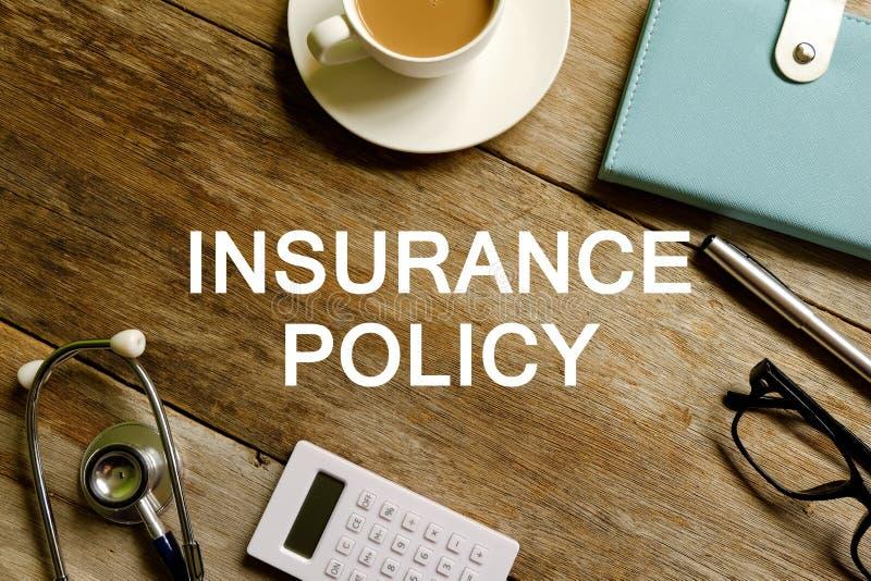 Försäkringpolitik fotografering för bildbyråer