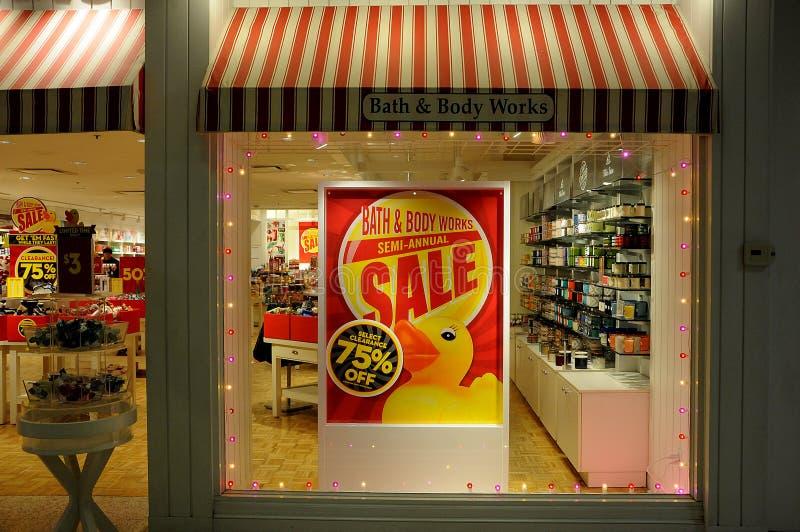 75% försäljning på bad- och kropparbeten royaltyfria bilder