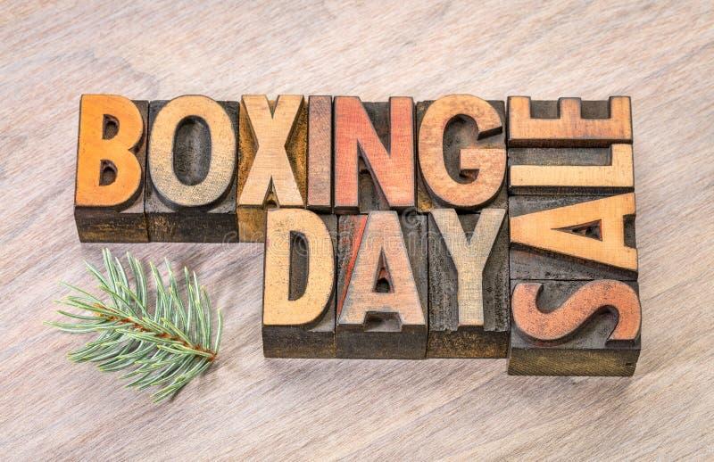 Försäljningen för boxningdagen undertecknar in wood typ arkivbilder