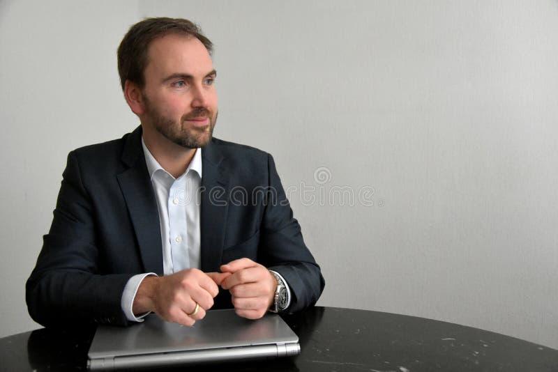 Försäljningskonversation royaltyfria foton