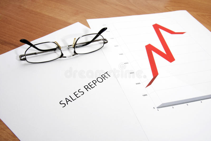 Försäljningsrapport royaltyfria bilder