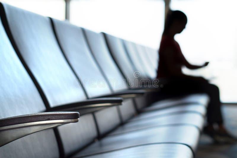Försenat och avbrutet flygbegrepp arkivfoton