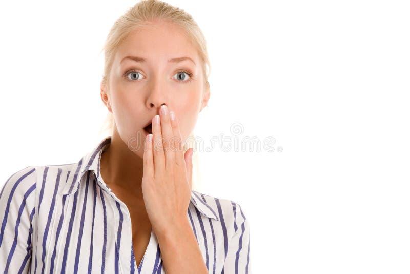 Förskräckt kvinna arkivfoto