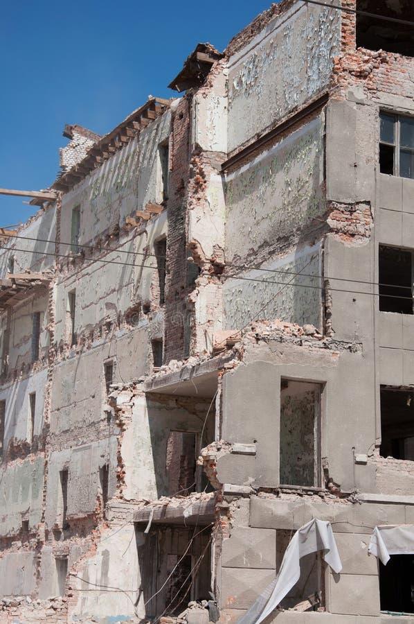 Download Förstörd byggnad arkivfoto. Bild av konkret, förödelse - 19798482