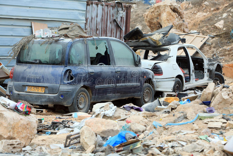 Förstörda bilar i Palestina fotografering för bildbyråer