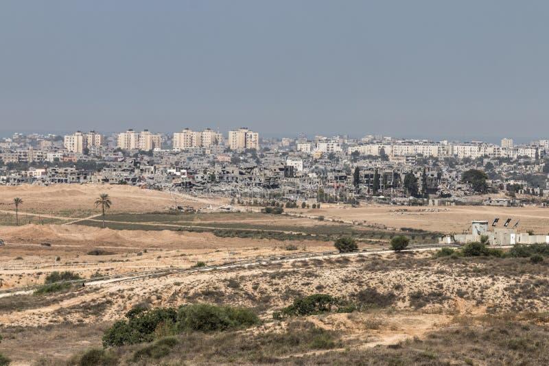 Förstörda byggnader i Gaza arkivfoto