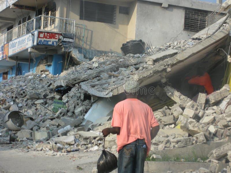 förstört jordskalv haiti arkivfoto