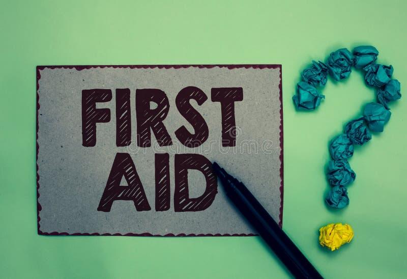 Första hjälpen för ordhandstiltext Affärsidé för vana av att läka små snitt som inget behov för medicinsk fläck för utbildningsgr royaltyfria bilder