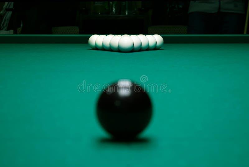 Första slag Billiardklubba Spela tabellen med ryssbilliard s royaltyfria bilder