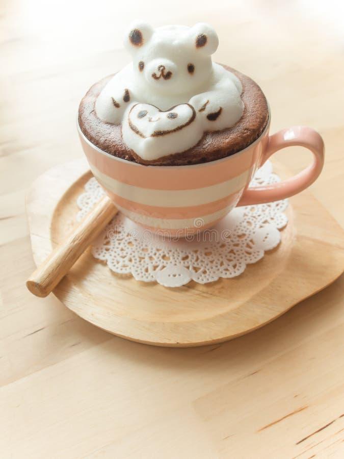 Förtjusande design för lattekonst 3d royaltyfria bilder