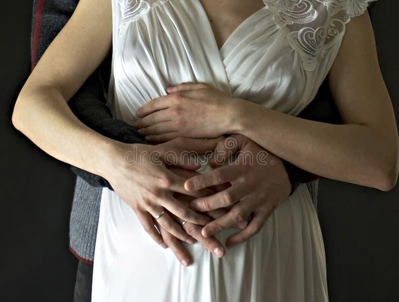 förväntansfull fadermoder royaltyfria foton