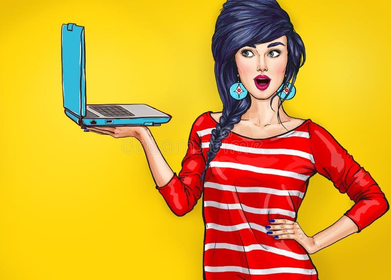 Förvånad kvinna med bärbara datorn i handen i komisk stil royaltyfri illustrationer