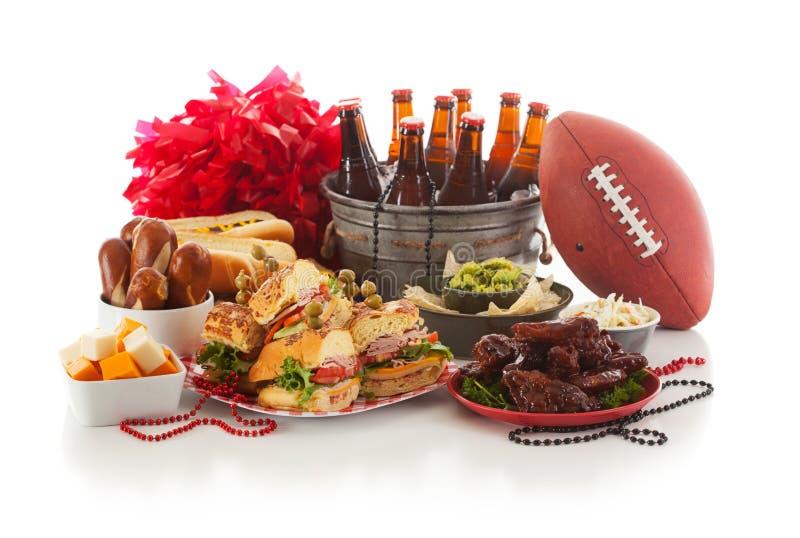 Fútbol: Comida y materia del día del juego listas para el partido fotografía de archivo libre de regalías