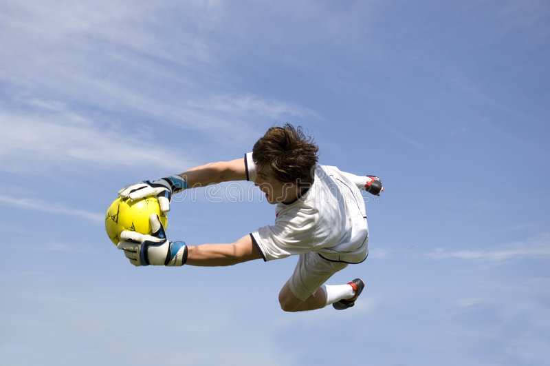 Fútbol - encargado de la meta del balompié que hace excepto fotografía de archivo