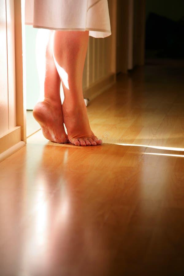 Füße auf Zehen stockfotos