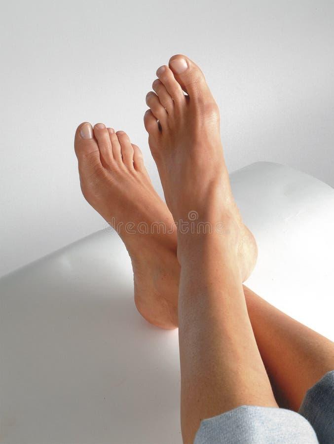 Füße mit Pedicure stockbilder