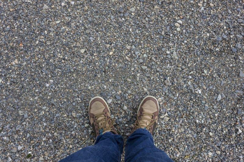 Füße mit Schuhen stockfoto