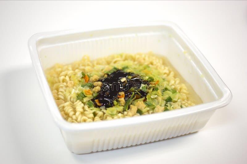 Download Fügen Sie Einfach Wasser Hinzu Stockfoto - Bild von japanisch, nahrung: 44246