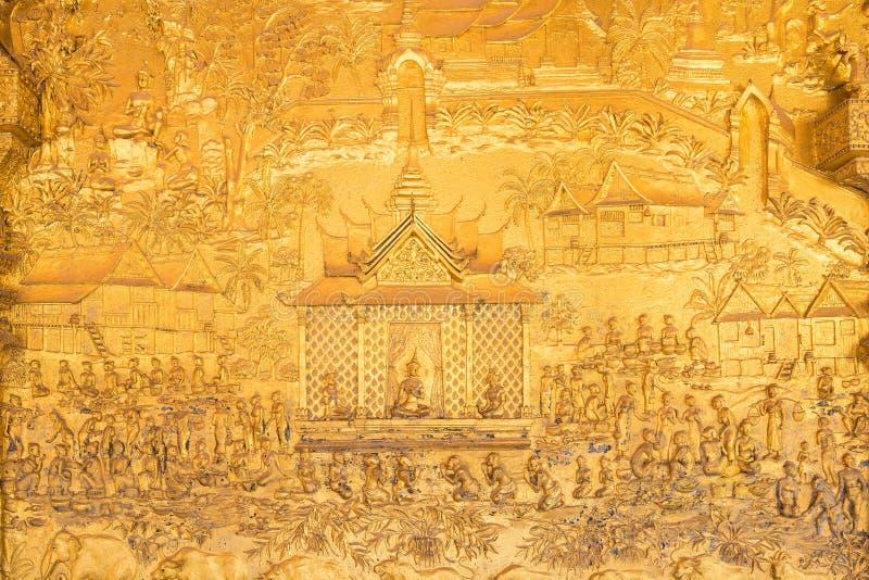 Führt Schuss von Laos-` s Kunst bei Wat Mai in Knall Luang Pra einzeln auf stockbilder