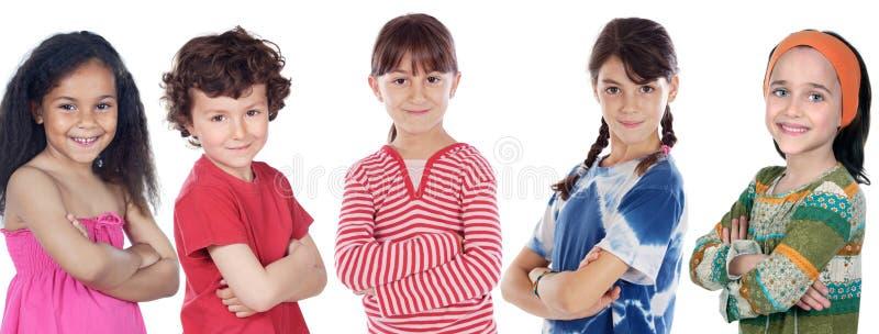 Fünf adorables Kinder lizenzfreie stockfotos