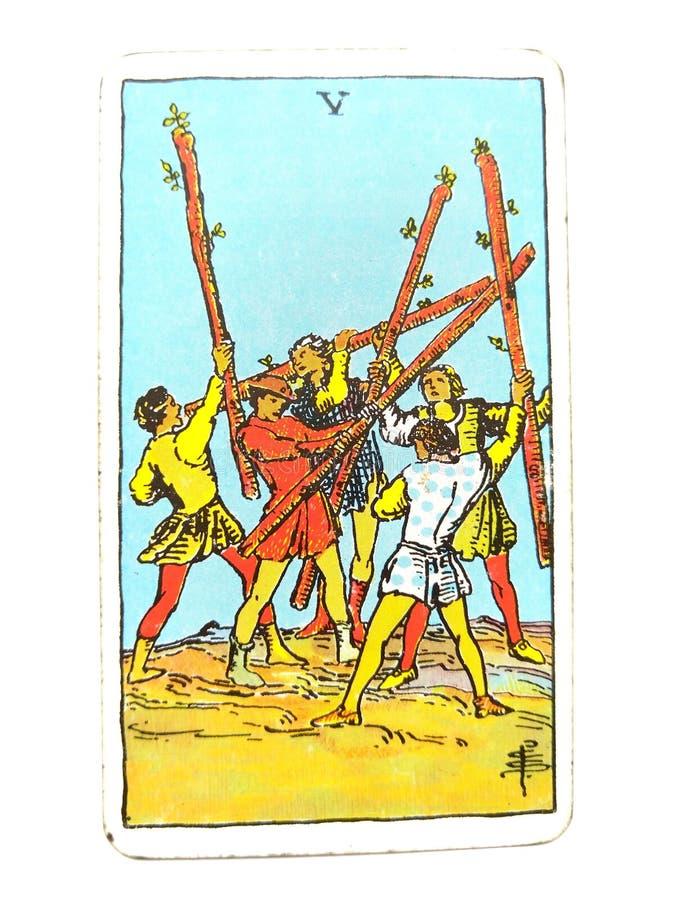 5 fünf des Stabs-Tarock-Karten-Konflikt-Chaos-Erschütterungs-aufsässiger stürmischer Kampf-inneren Kampfes vektor abbildung