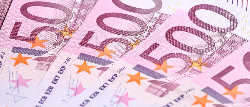 Fünf-Hundertstel Eurobanknoten stockfotografie