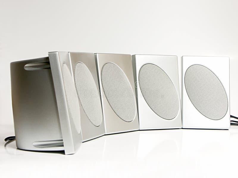 Fünf silberne Lautsprecher lizenzfreies stockbild