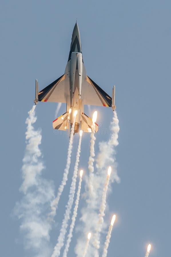 F-16 de BAF fotografía de archivo