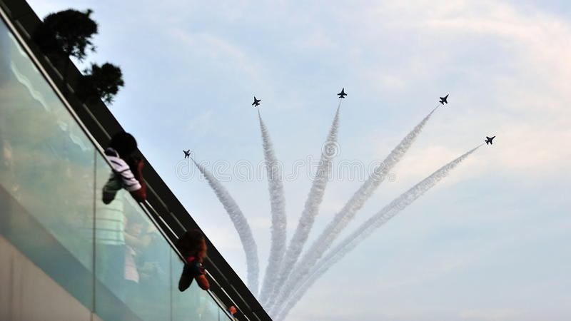 Download F-16 Formation Flypast During National Day Parade Editorial Stock Image - Image: 26050499
