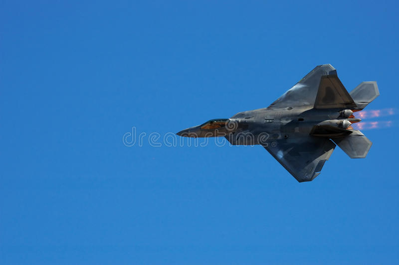 F-22 roofvogel royalty-vrije stock afbeelding
