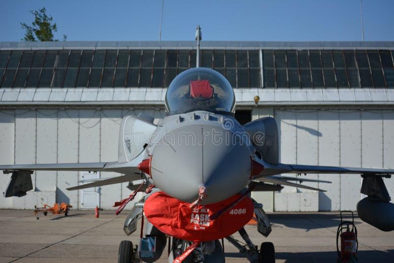 F-16 zdjęcia stock