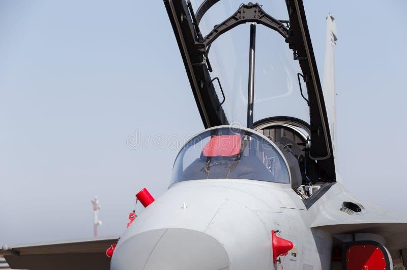F -16, avião de combate militar tailandês Jet Plane clonado para fora algumas dos números e das etiquetas da unidade a fim impedi fotografia de stock