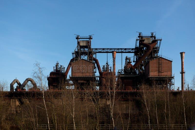 Fábrica de aço Landschaftspark do alto-forno do forno do ferro da indústria, Duisburg, Alemanha imagens de stock royalty free